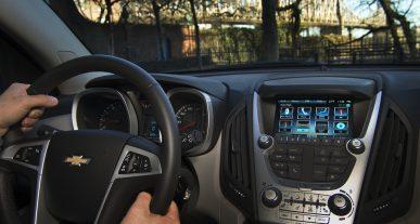 android apple pajungimas automobilyje